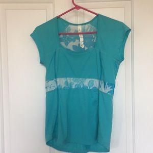 Lululemon turquoise shirt